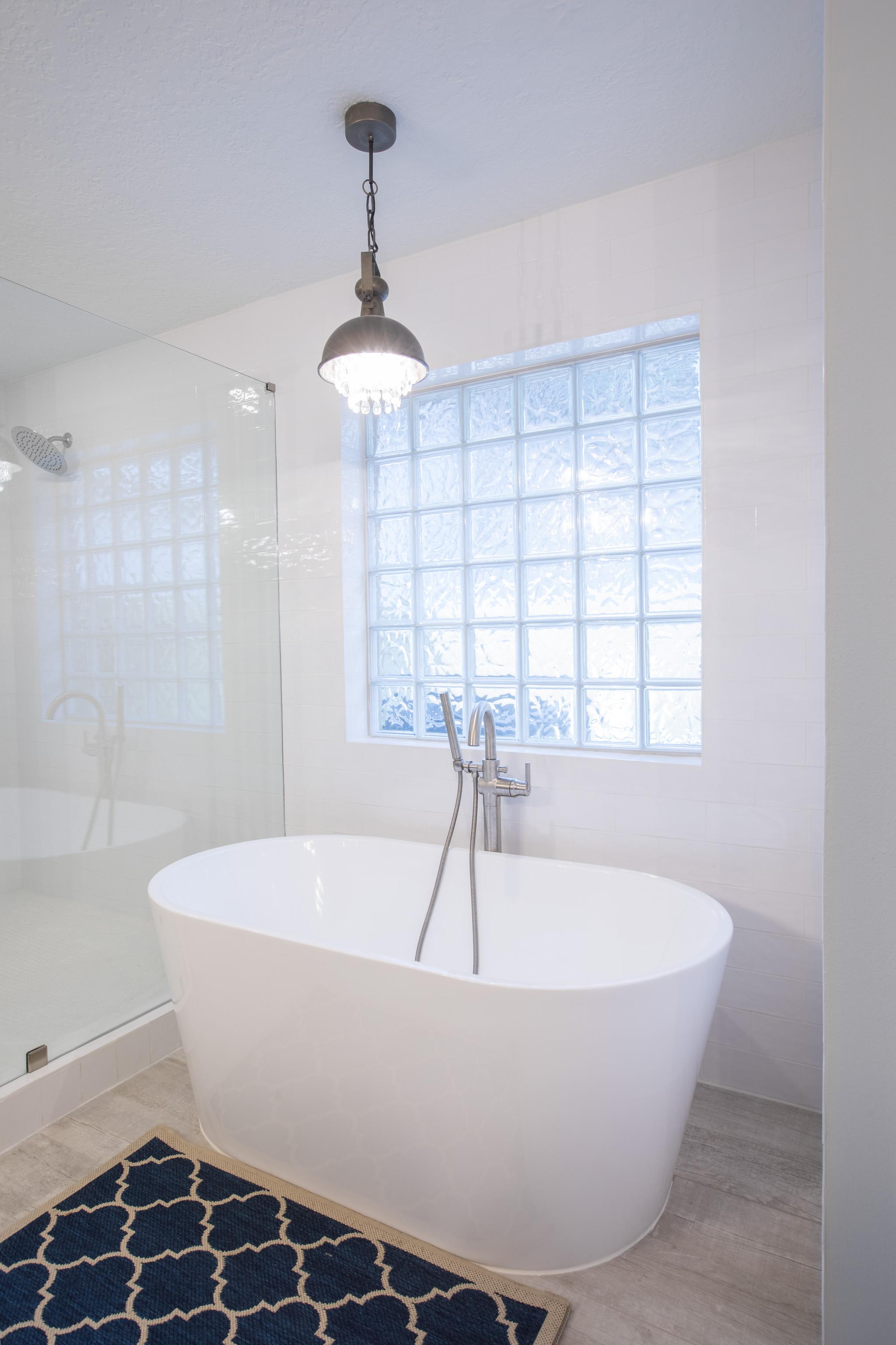 master bathroom stand alone tub