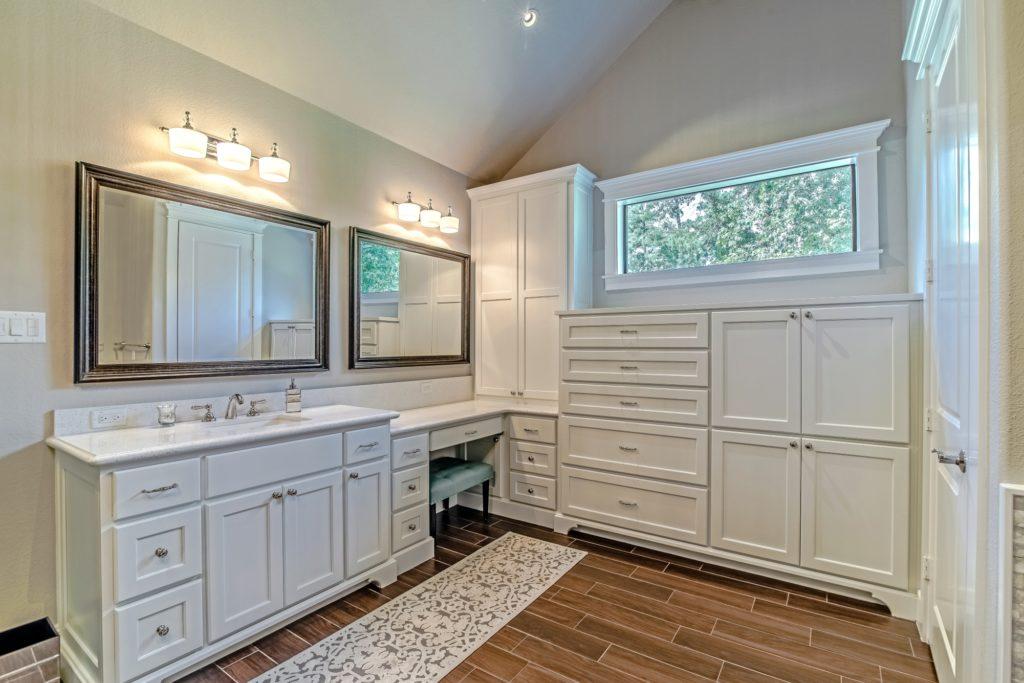 custom bathroom room